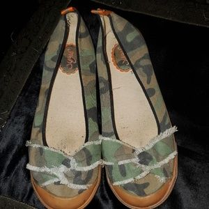 SUGAR Slip On Camouflage Casual Shoes 8.5